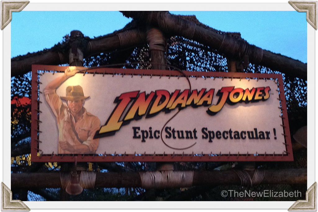 Indiana Jones Show Corners