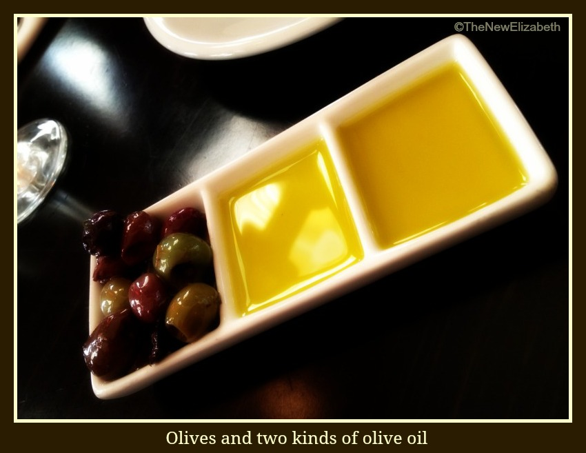 Kouzzina oil and olives